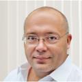 الأستاذ الدكتور دان بليف: جراح مخ وأعصاب وعمود فقري استشاري، لندن