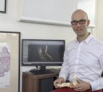 Dr Lintz جراح للوكعة، القدم والكاحل في فرنسا